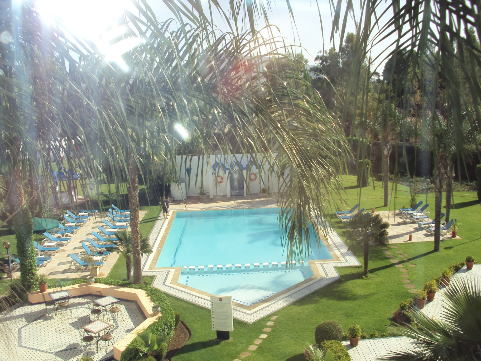 Piscina hotelului Ibis