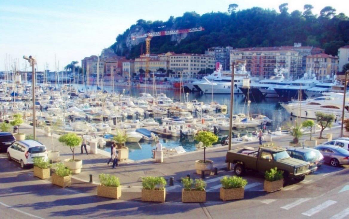 Portul Nisa obiective