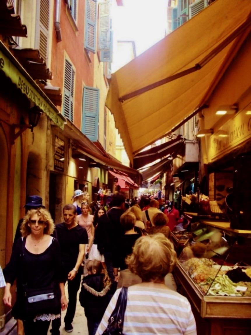 obiective turistice nisa 5