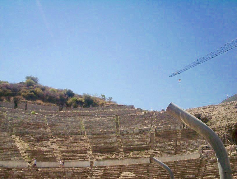 Teatrul antic din Efes este urias!