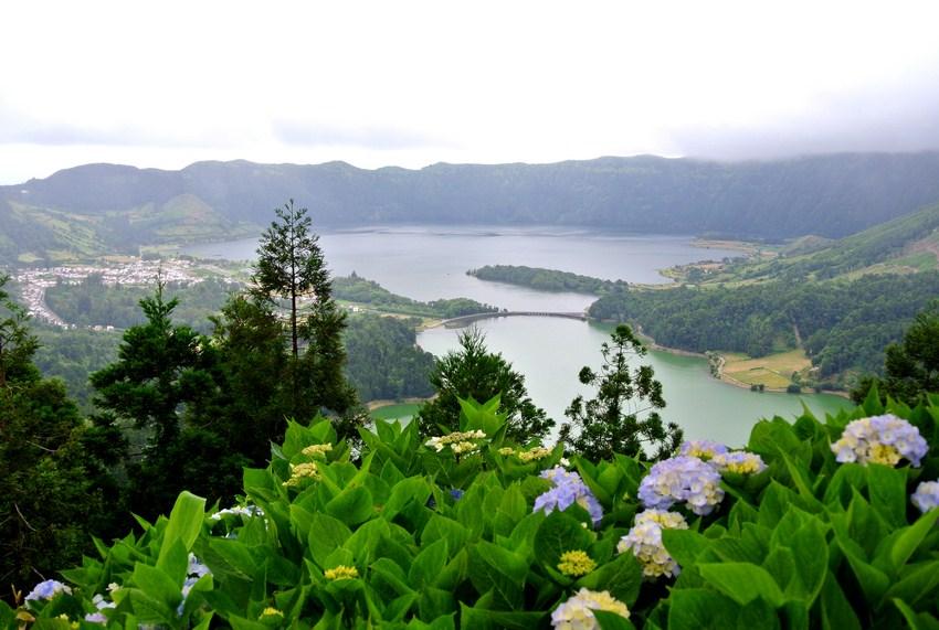Vizitand insula Sao Miguel Azore obiective turistice