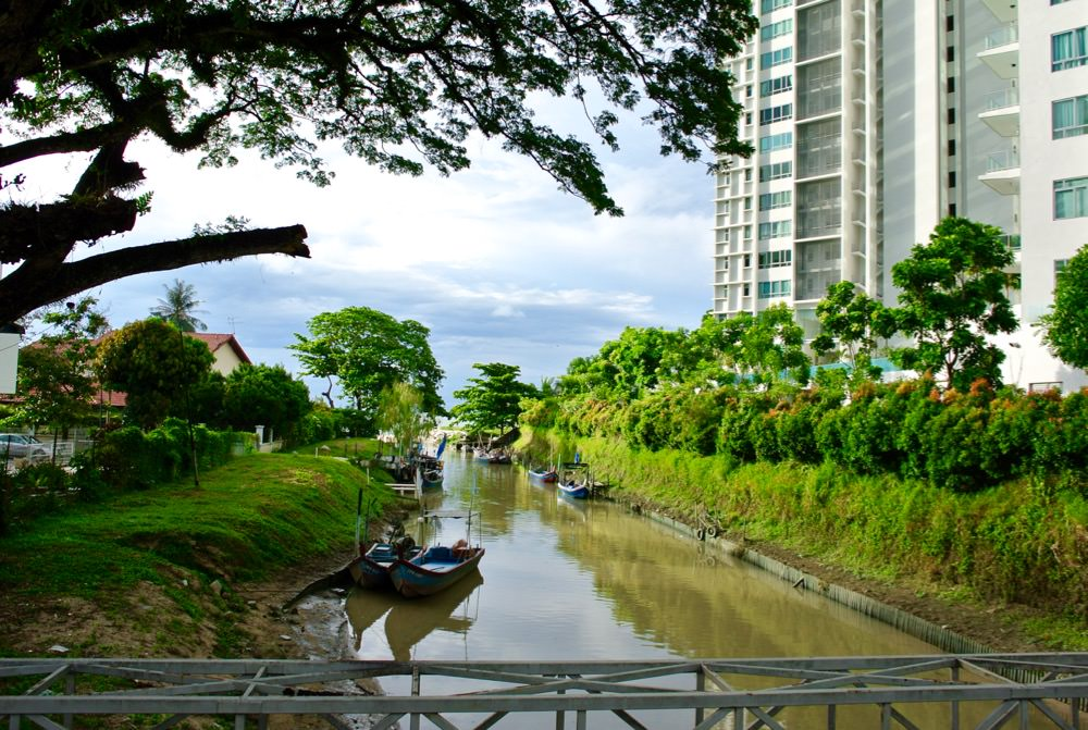 Insula Penang canal mare