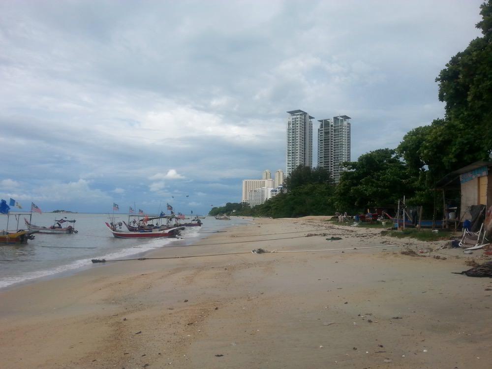 Prima moschee plutitoare Malaezia