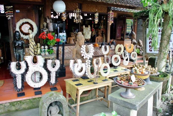 magazine Ubud Bali