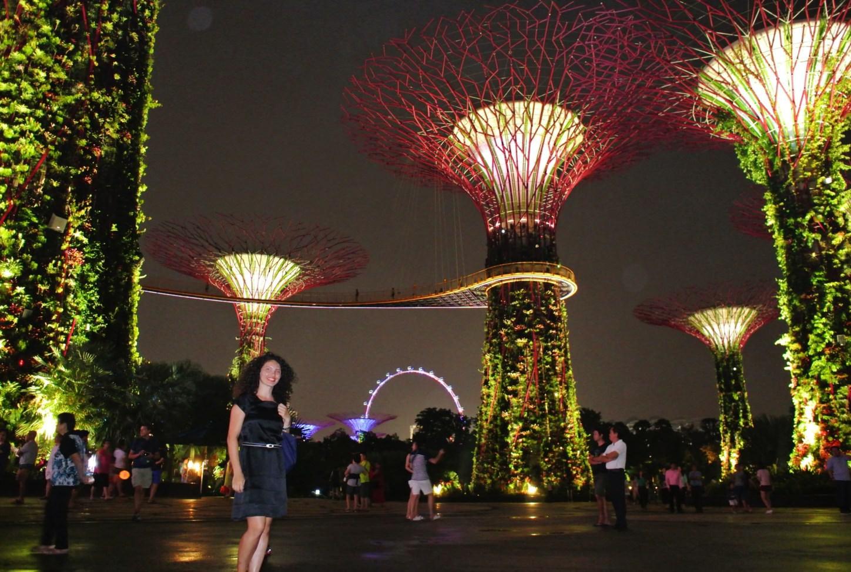 singapore 743