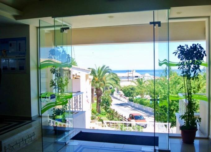 Statiunea Argassi Zakynthos plaja hotel commodore camere