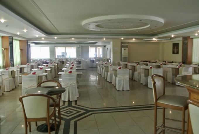 Tsilivi Zakynthos plaja hoteluri Hotel Admiral sala mese
