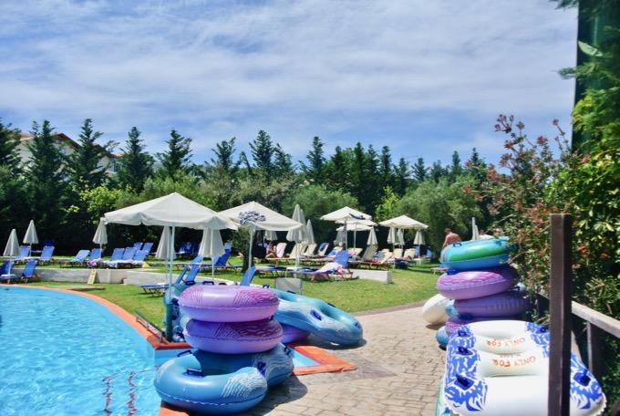 Tsilivi Zakynthos plaja hoteluri Hotel Aqua Bay water park 1