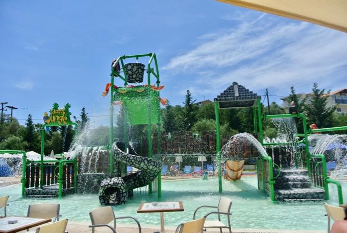 Tsilivi Zakynthos plaja hoteluri Hotel Aqua Bay water park 3
