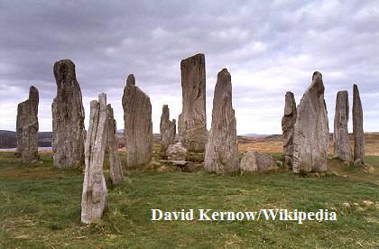 Standing_Stones_of_Callanish_(Callanish_I)_(9605427)