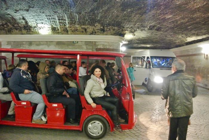 Ce vizitam in Moldova obiective turistice cricova 16