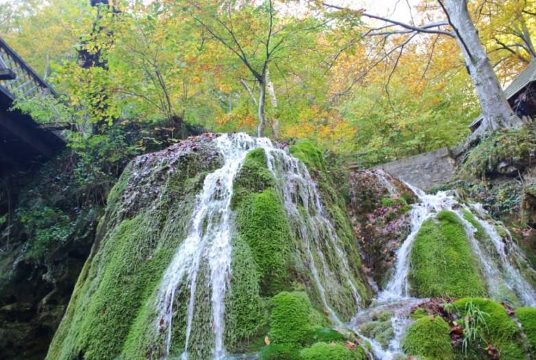 Cascada Bigar 5