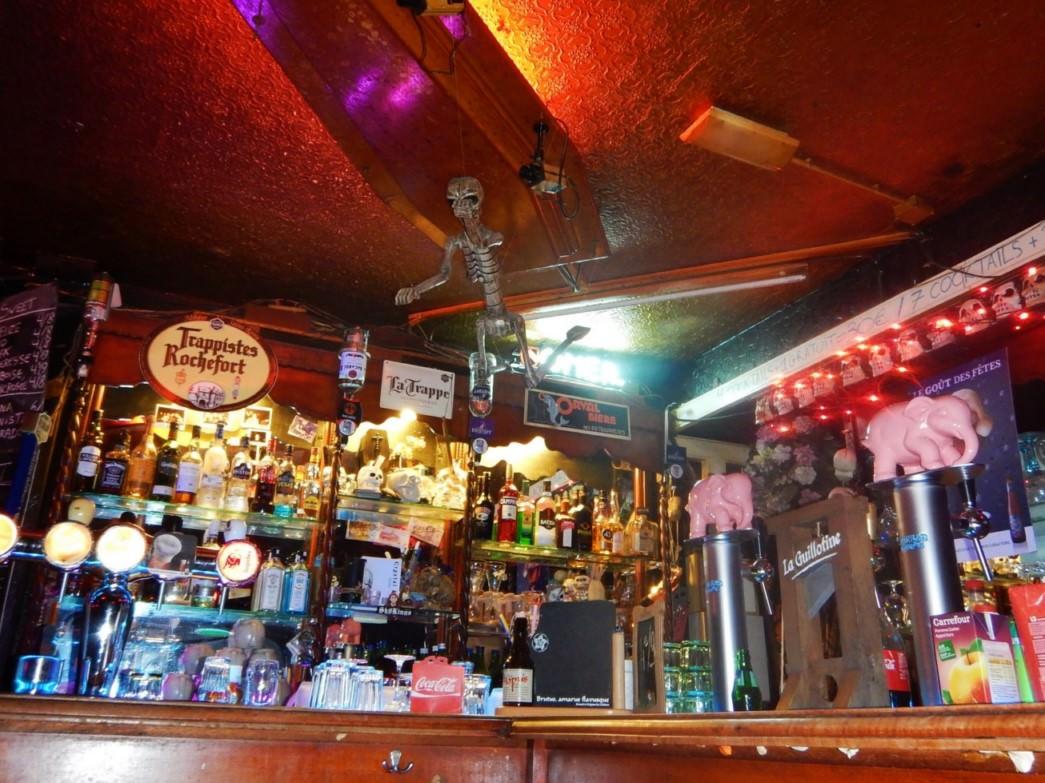 Bar Le Cercueil Bruxelles (1)