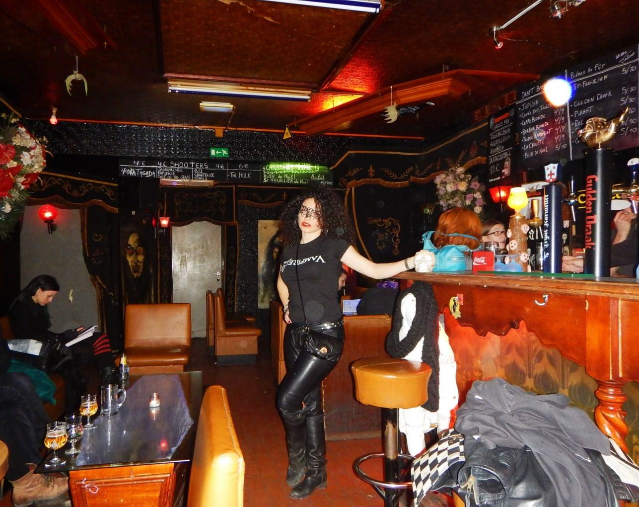 Bar Le Cercueil Bruxelles (13)