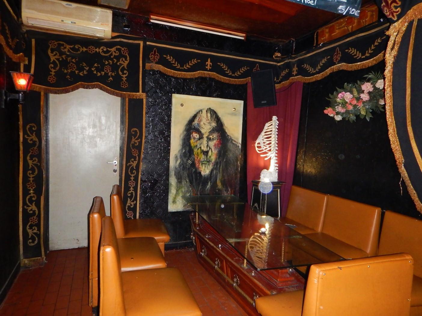 Bar Le Cercueil Bruxelles 5