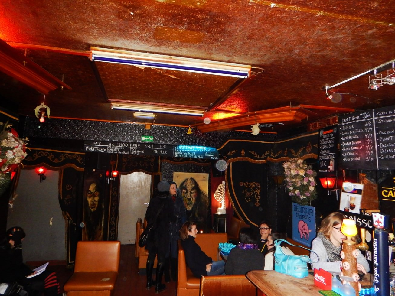 Bar Le Cercueil Bruxelles (15)