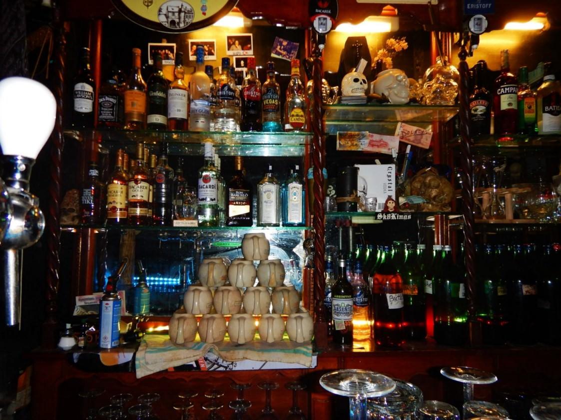 Bar Le Cercueil Bruxelles 8