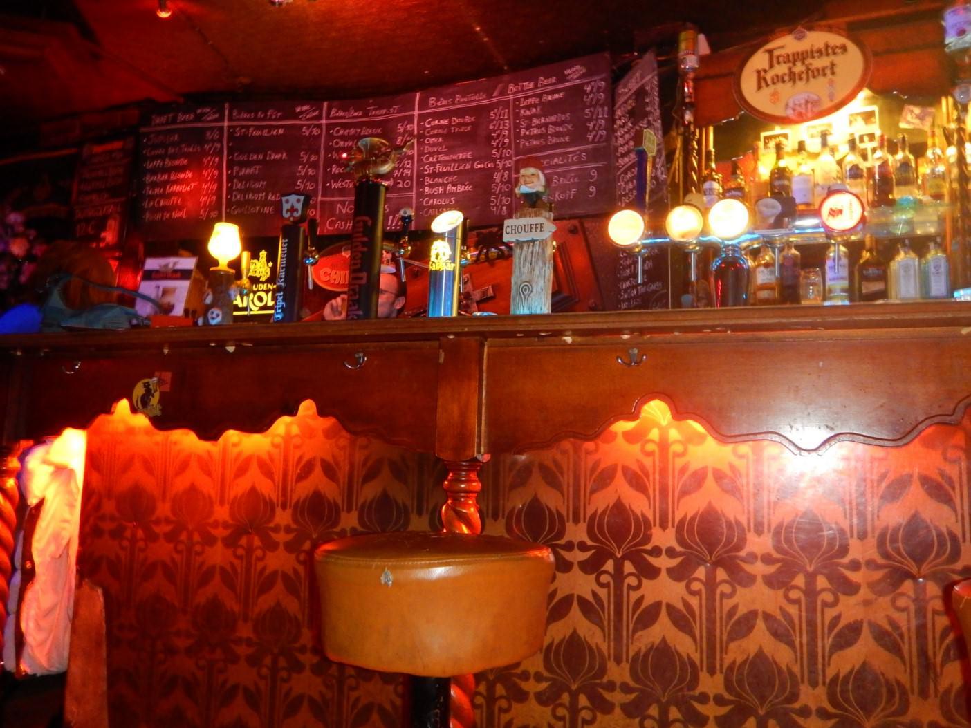 Bar Le Cercueil Bruxelles (2)