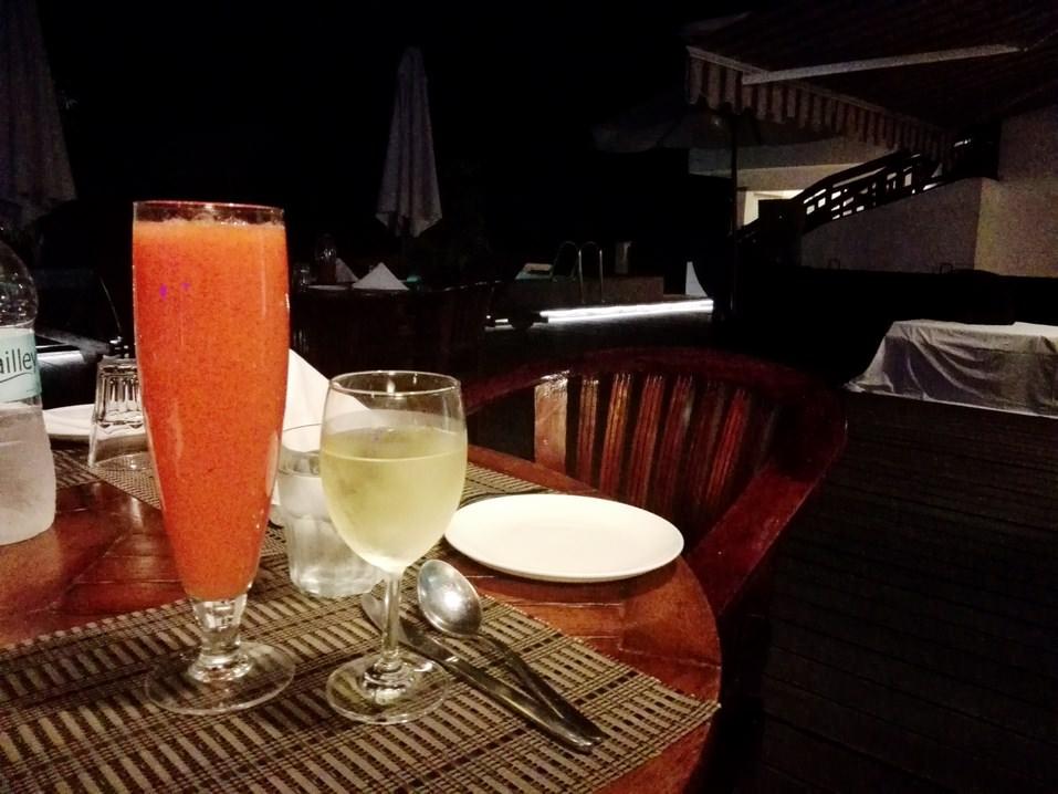 Prohibiția alcoolului in Kerala, India: cu dezlegare