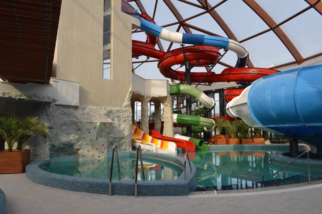 Aqua Parc Nymphaea Oradea1