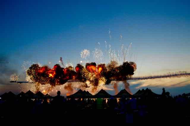 Aeromania Aeroport Tuzla focuri de artificii7