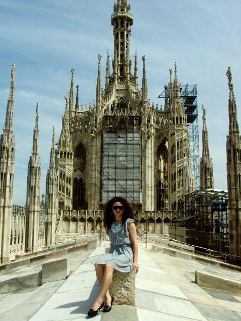 Pe acoperisul Domului din Milano, locul exilului