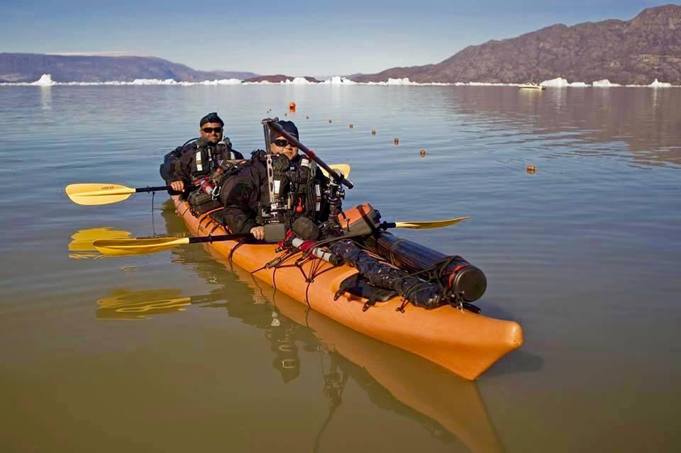 expeditie Groenlanda caiac doi nomazi fiorduri1