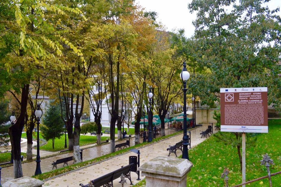 baile-herculane-toamna-centrul-vechi-natura21