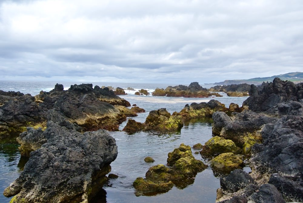 peisaje-natura-insulele-azore-vulcani-lacuri-hortensii32