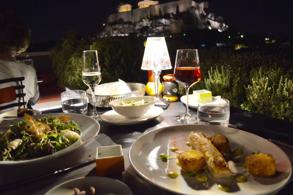 restaurant-atena-bun-centru-vedere-acropole-modern-rooftop-dining12