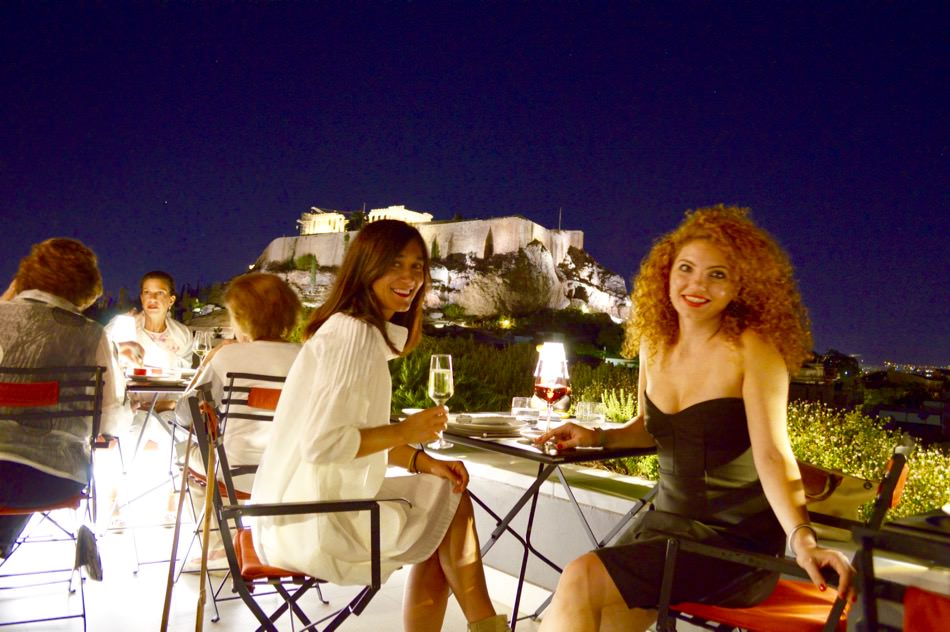 restaurant-atena-bun-centru-vedere-acropole-modern-rooftop-dining2