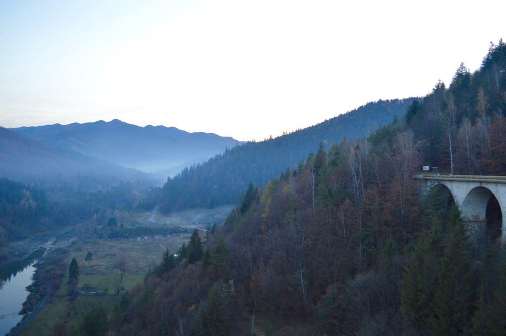 barajul-bicazului-lacul-izvorul-muntelui3
