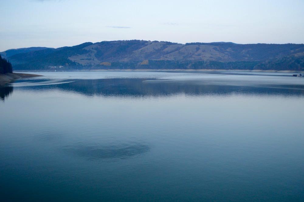 barajul-bicazului-lacul-izvorul-muntelui6