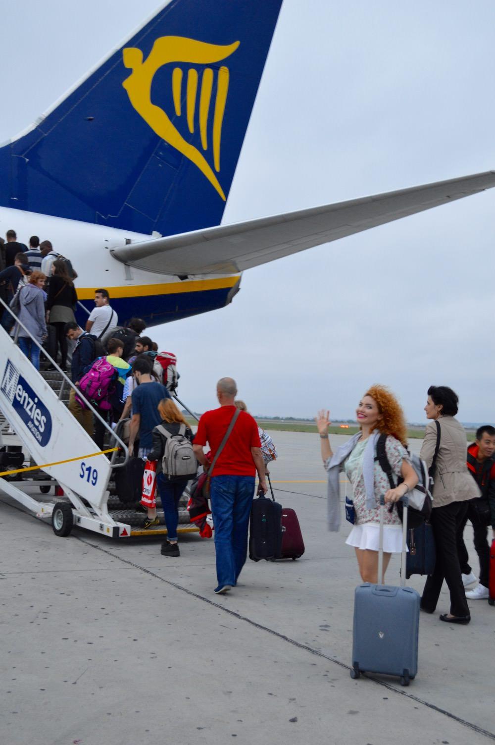 zbor-atena-bucuresti-ryanair-bilete-bagaje-extravita48