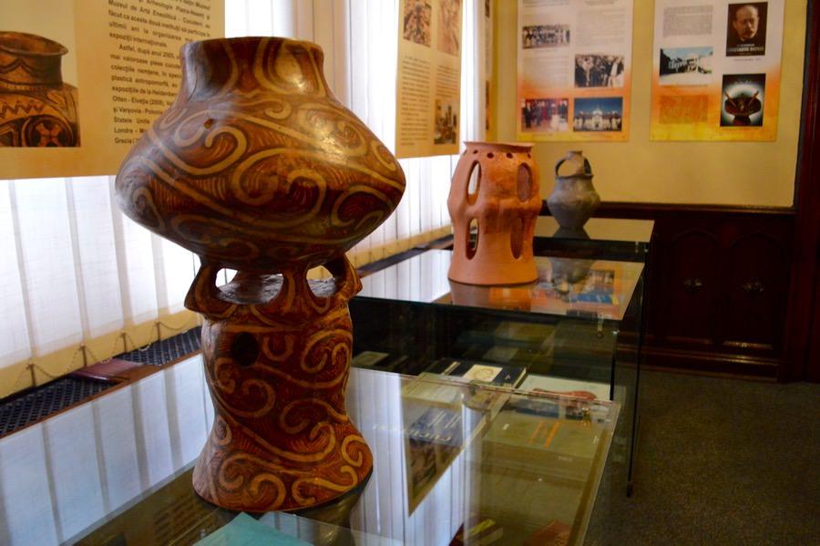 Muzeul de Artă Eneolitică Cucuteni parter