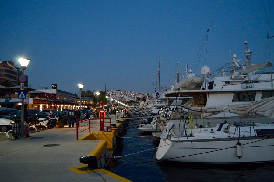 Portul Pireu Attica si porturile sale: Marina Zea 12