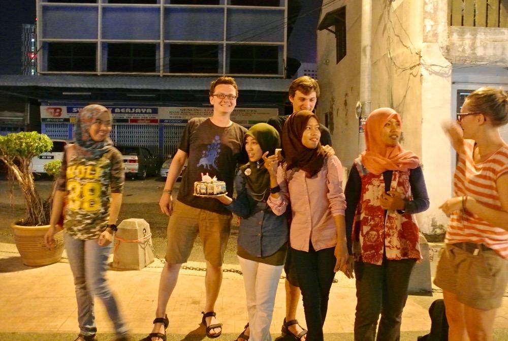 Singura in Malaysia Malacca noi prieteni