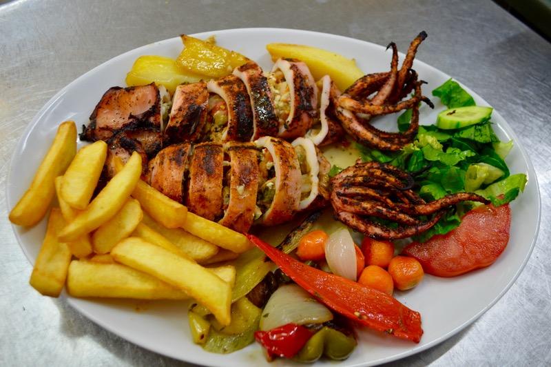 Taverna Corfu Spiros Palaiokastritsa 2 calamari umpluti