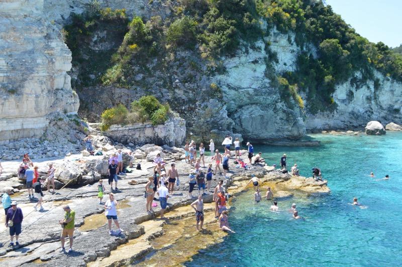 Excursie din Corfu la Grotele Albastre Paxos si Antipaxos 2