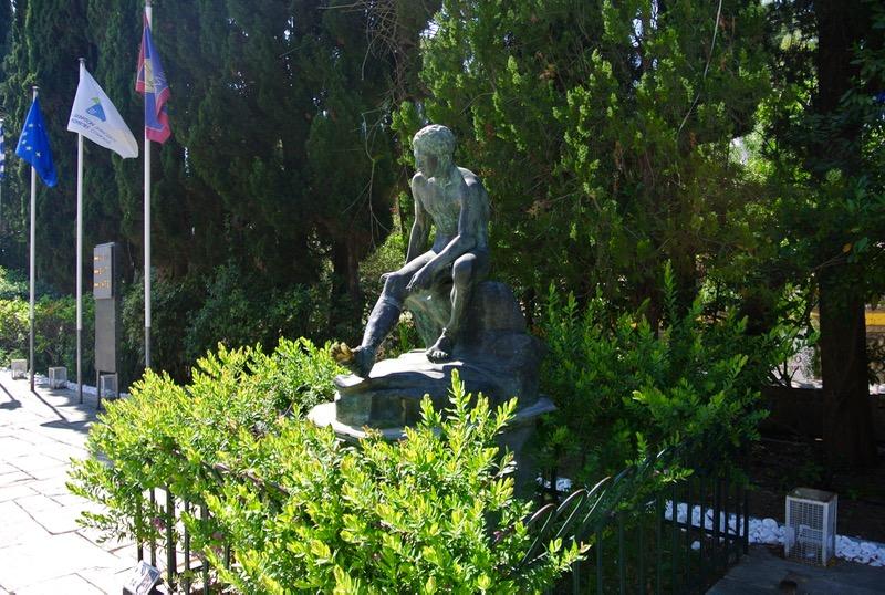 Palatul Achilleion din insula Corfu Hermes