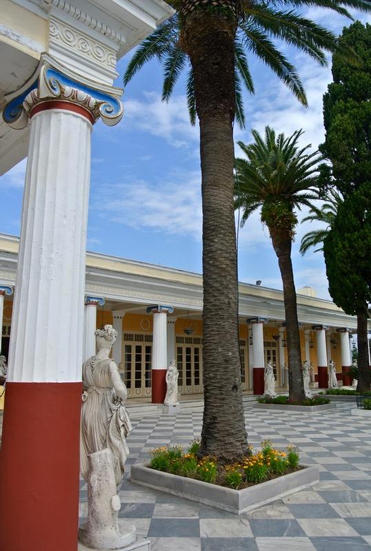 Palatul Achilleion din insula Corfu