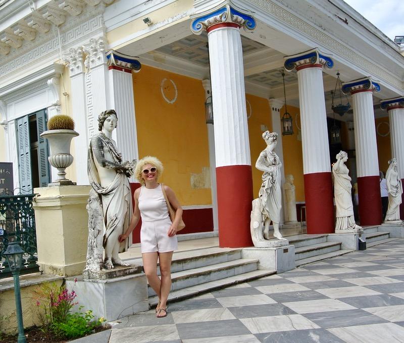 Palatul Achilleion din insula Corfu apollo