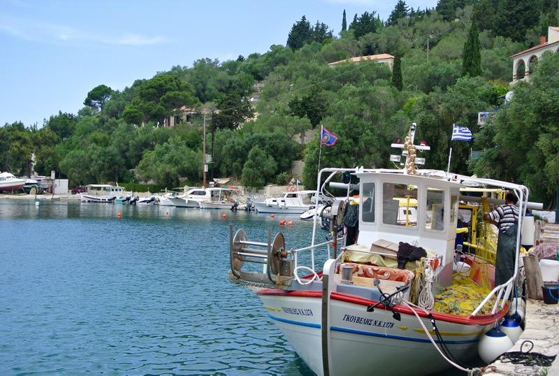 Satul pescăresc Lakka din Paxos 23