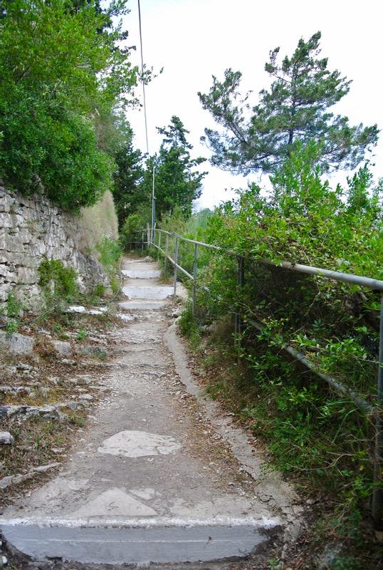 Satul pescăresc Lakka din Paxos 9