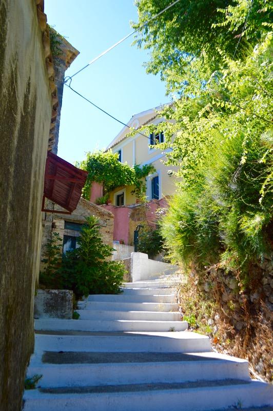 Baruri traditionale in insula Corfu: Panorama in Agios Markos 1
