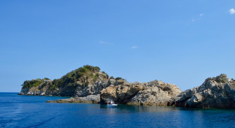 Insula Krambousa Thassos apa smarald