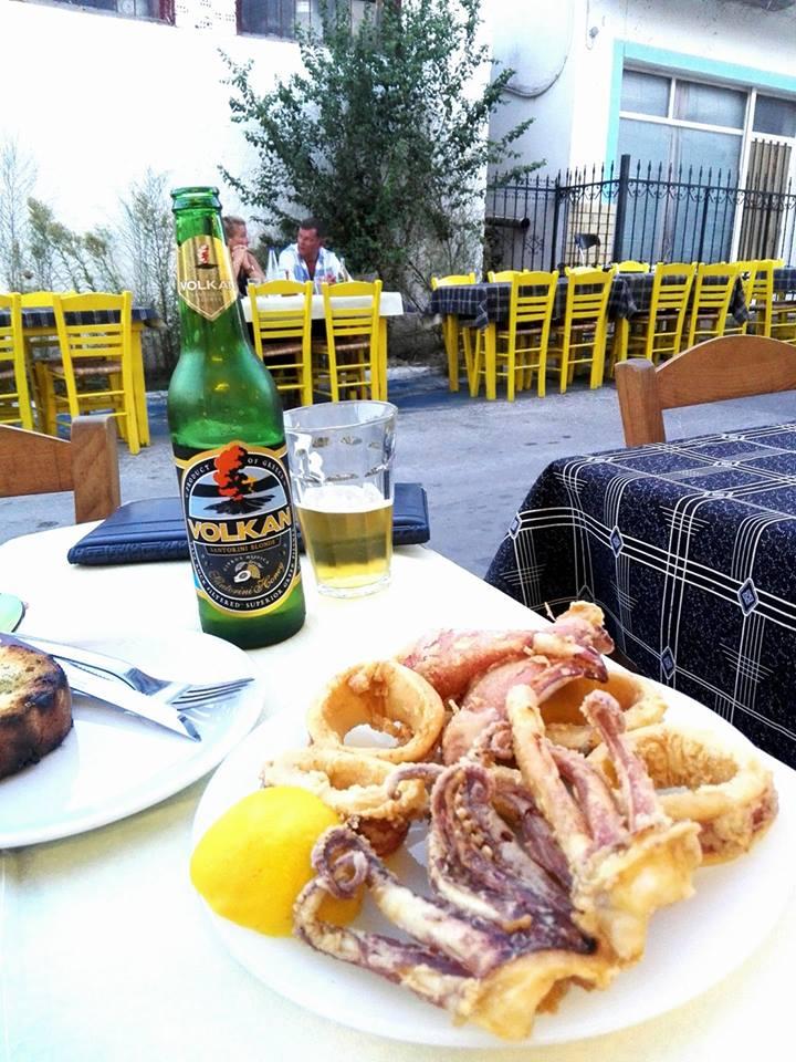 calamari Taverna Koykoytsis Limenaria Thassos cina 3 pisici