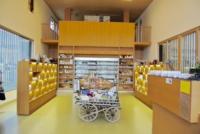 fabrica de lactate si cosmetice Ingo Metzler din Egg Vorarlberg cosmetice zer austria29 8