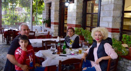 Locuri cu poveste: Miel rotisat la taverna Stelios Theologos Thassos miel ied 11