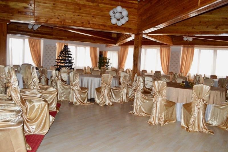 Cazare Poiana Brasov Royal Boutique Hotel18 sala mare